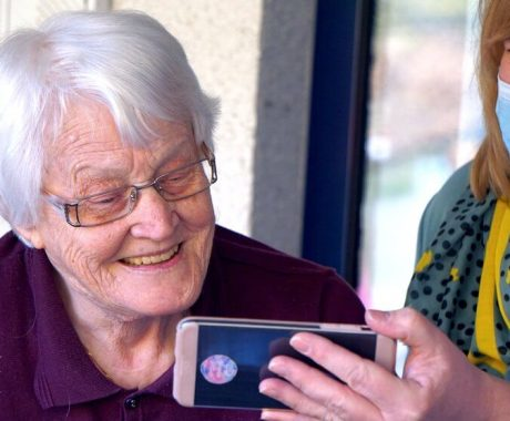 Top Tips for Looking After Seniors in the Winter